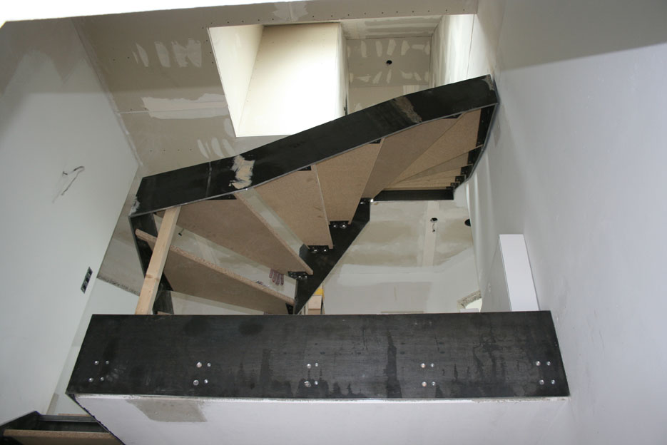 Stahlwangentreppe - Rohbau