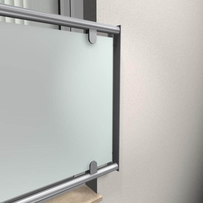 edelstahl fenstergitter r line vsg 8 76 milchig auf fassade. Black Bedroom Furniture Sets. Home Design Ideas